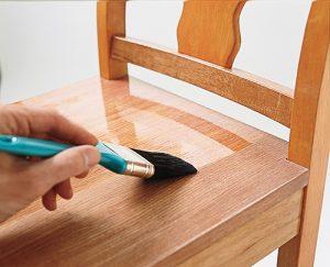 Hướng dẫn cách sơn lại bàn ghế cũ