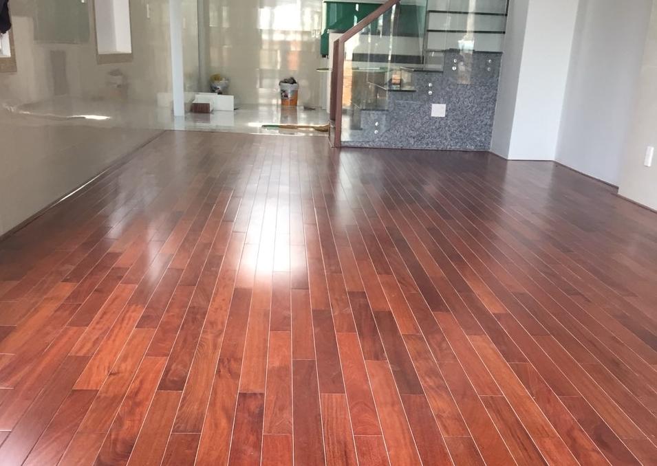 Tiêu chí chọn sàn gỗ tự nhiên chính hãng